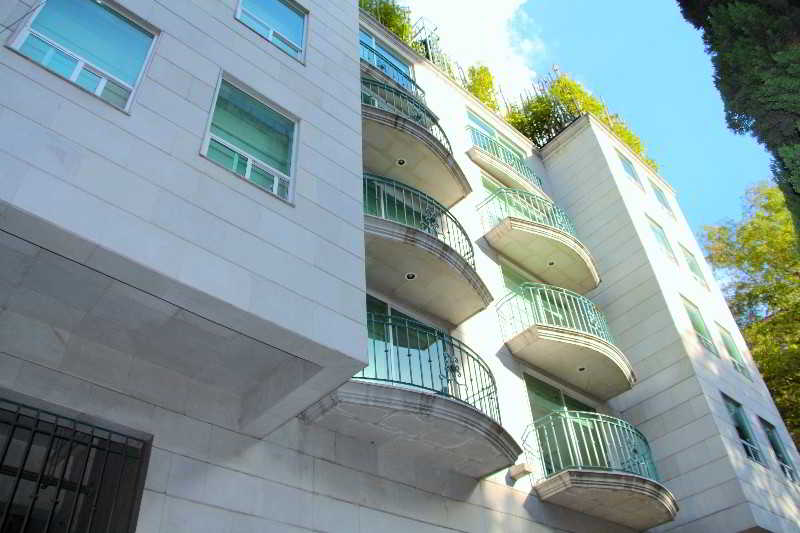 cazare la Suites Hipólito Taine By Residence L´ Heritage