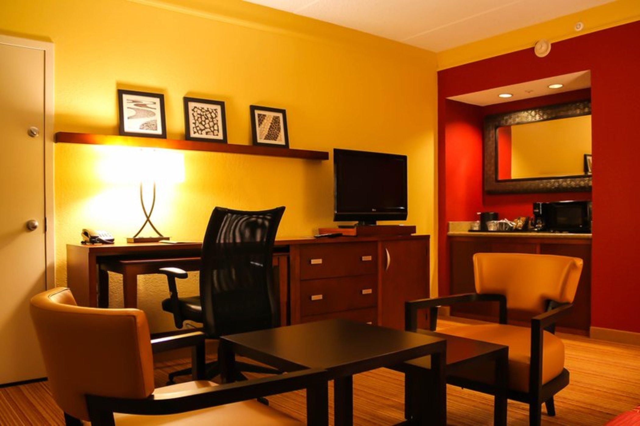 cazare la Country Inn & Suites Dallas Love Field