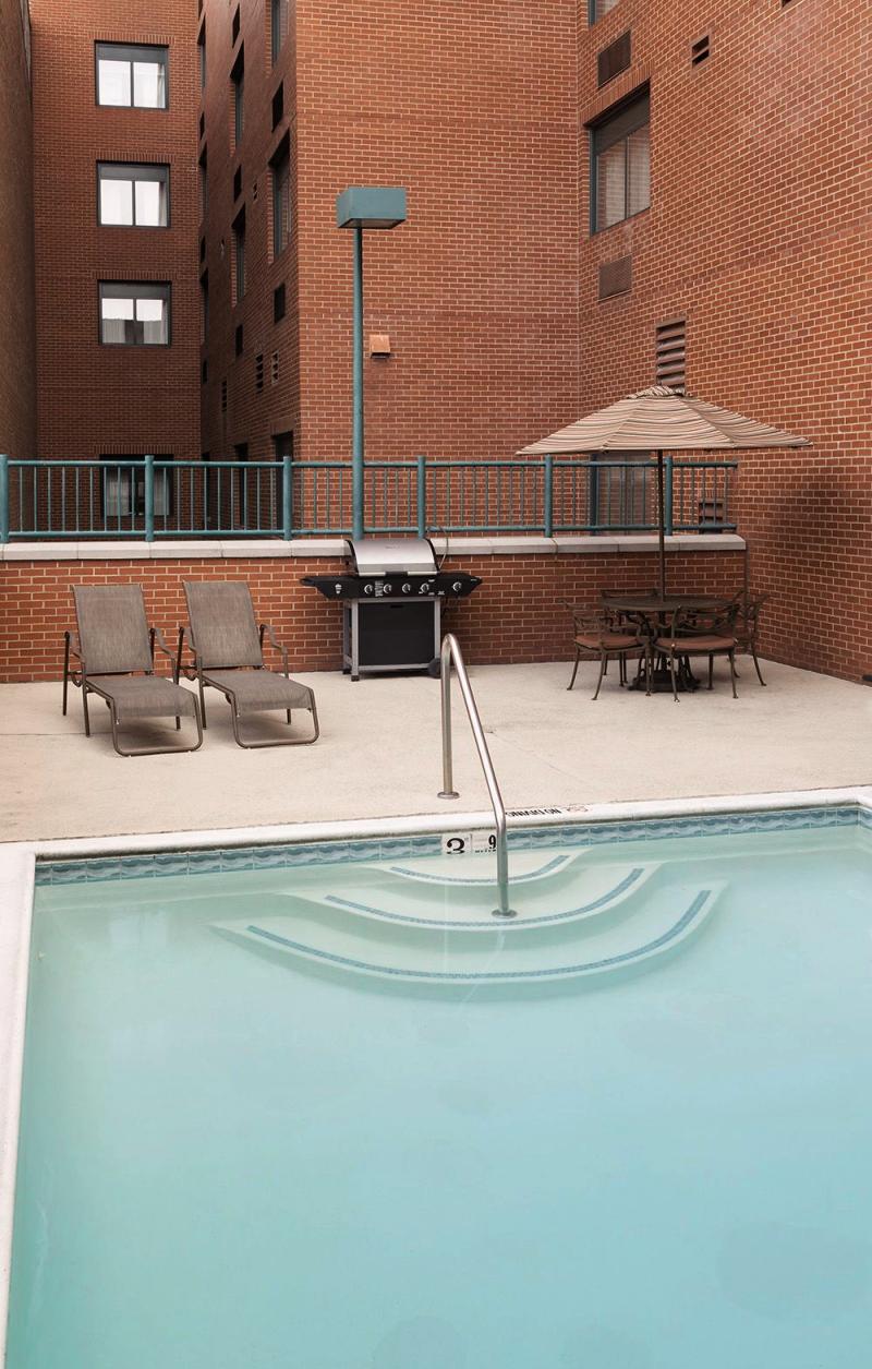cazare la Springhill Suites Dallas Downtown/west End