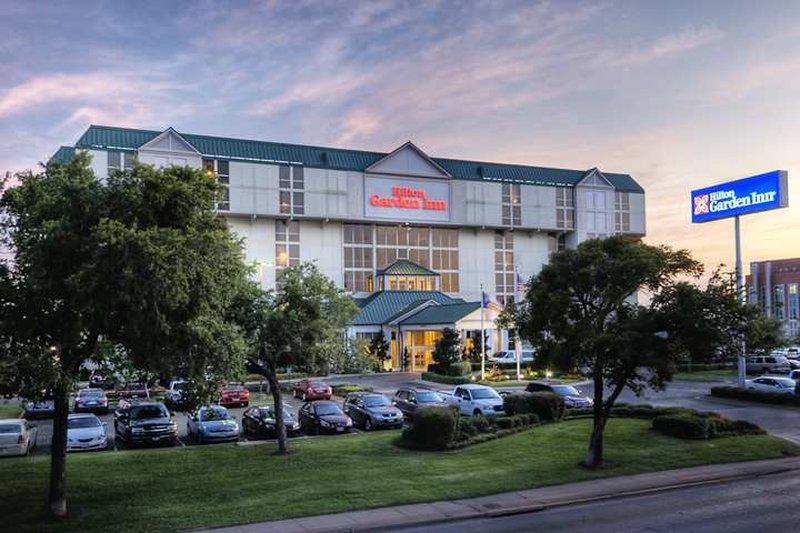 cazare la Hilton Garden Inn Dallas-marke