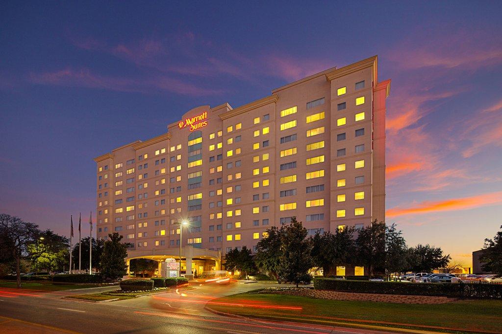 cazare la Dallas Marriott Suites Market