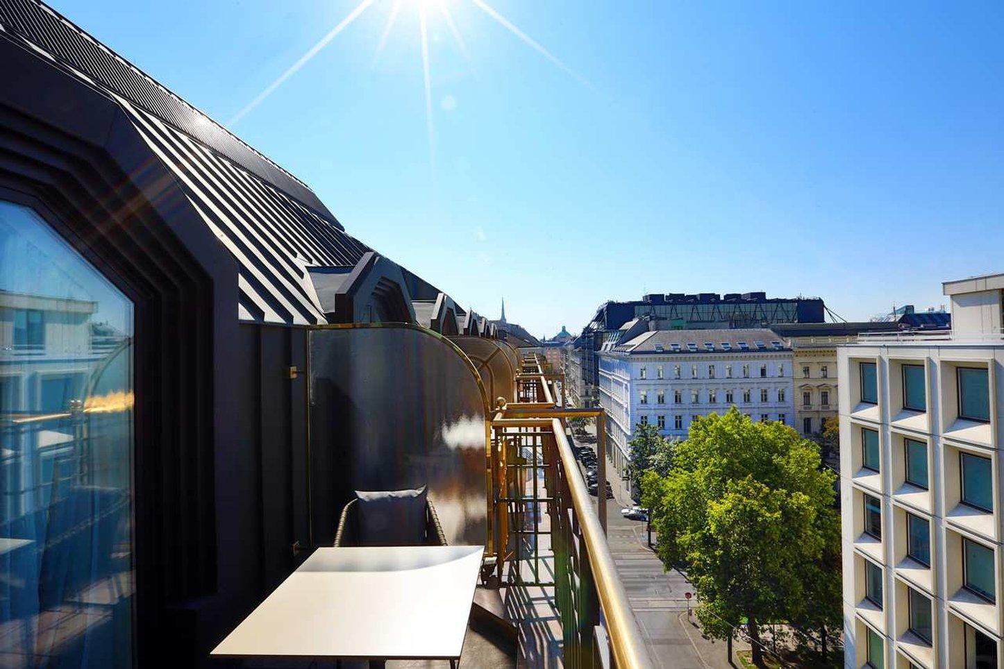 cazare la Hilton Vienna Plaza