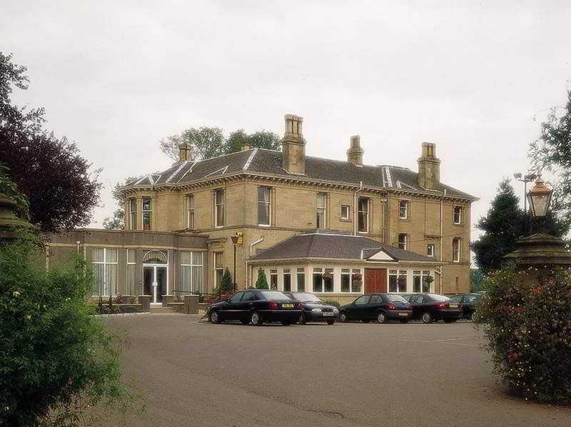 cazare la Grange Manor Hotel