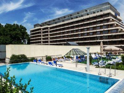 cazare la Danubius Resort Margitsziget