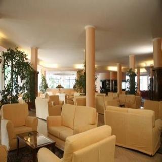cazare la Hotel Commodore Terme