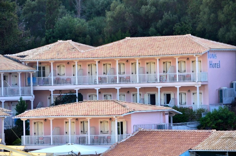 cazare la Ionis Hotel