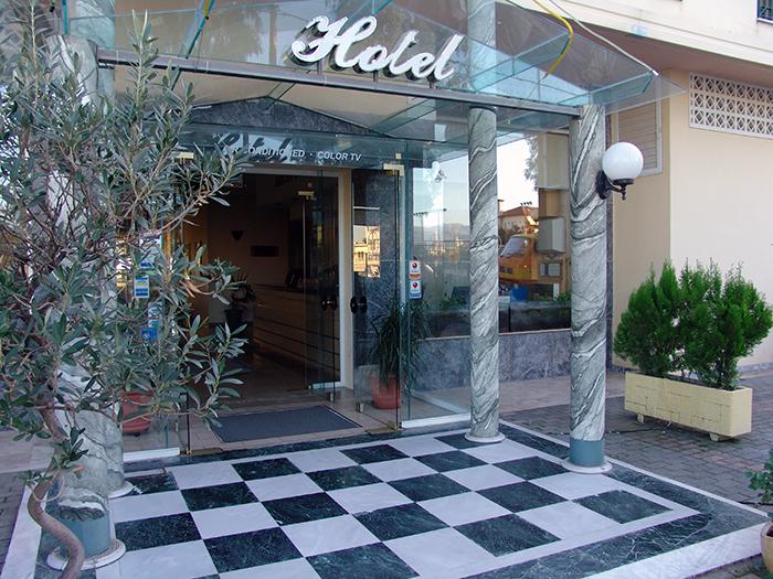 cazare la Ignatia Hotel