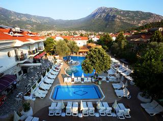 cazare la The Pine Hill Hotel & Suites