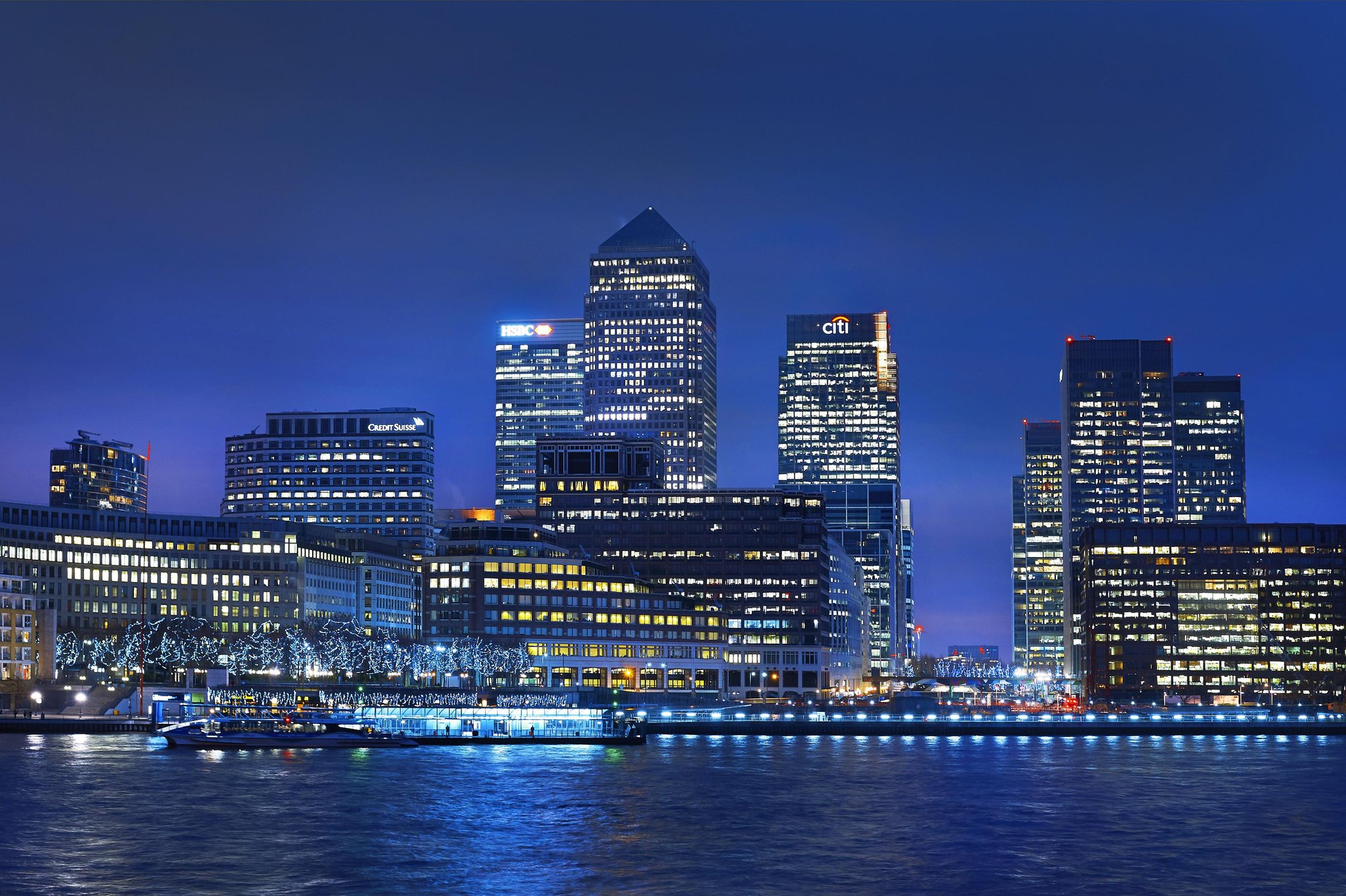 cazare la Doubletree By Hilton London Docklands Riverside
