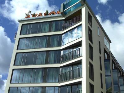 cazare la Avalon Hotel