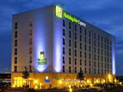 cazare la Holiday Inn Express Schwabach