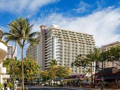 cazare la Hilton Garden Inn Waikiki Beach