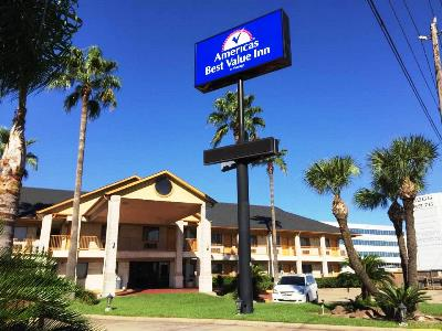 cazare la Americas Best Value Inn Hou Airport