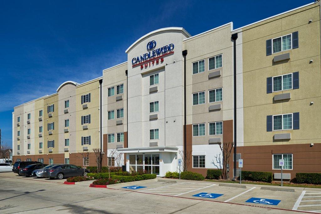 cazare la Candlewood Suites Houston Park 10