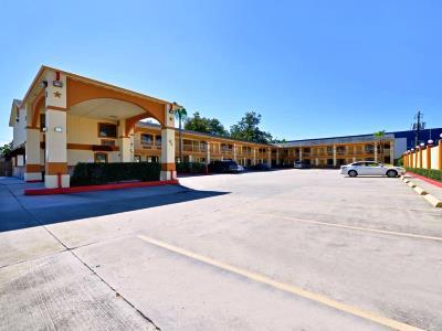 cazare la Americas Best Value Inn I-45 N Loop 610