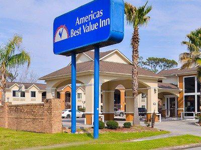 cazare la Americas Best Value Inn Medical Ctr Dwtn
