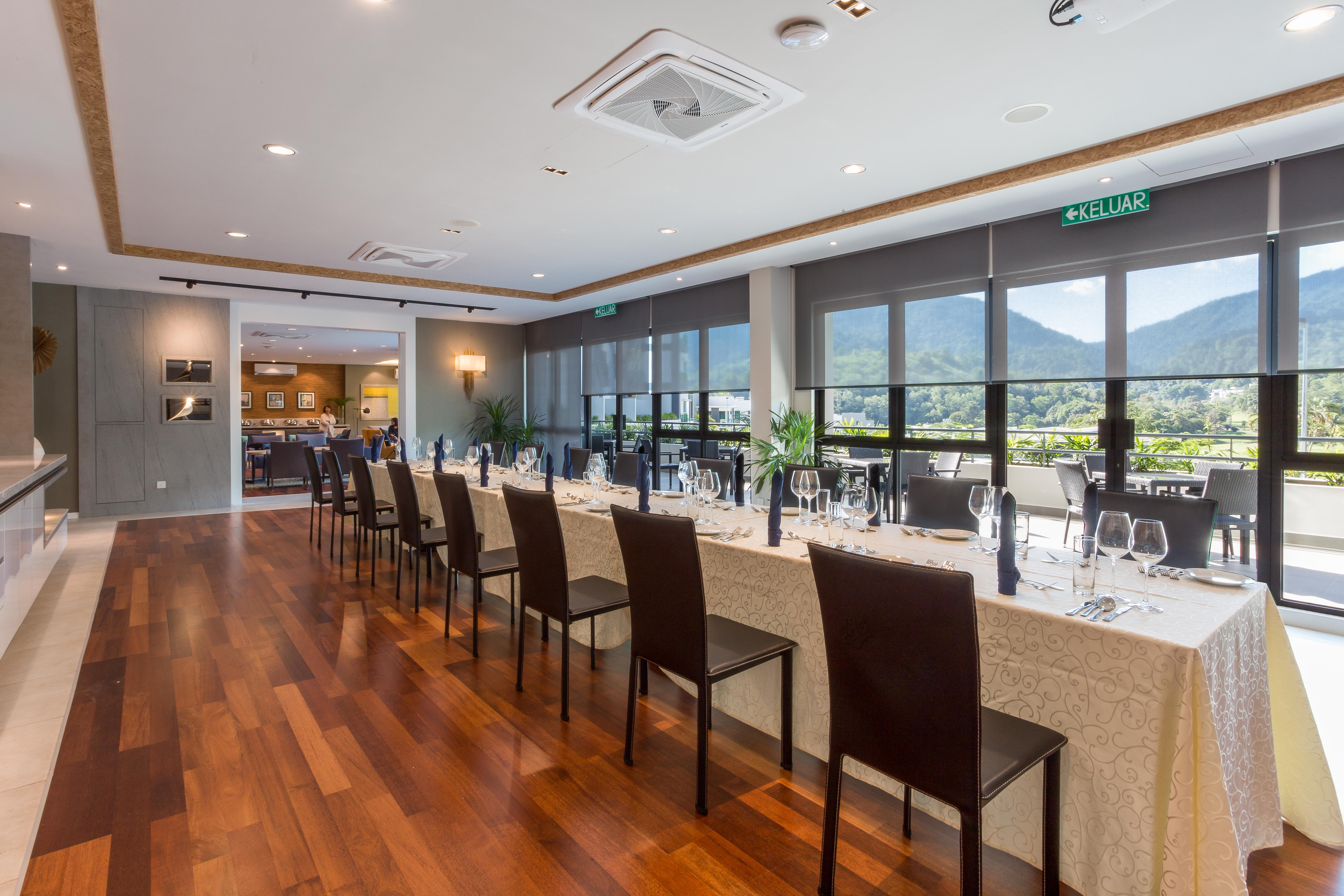 cazare la Meru Suites At Meru Valley Resort