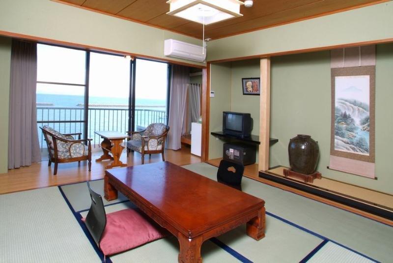cazare la Ibusuki Coral Beach Hotel