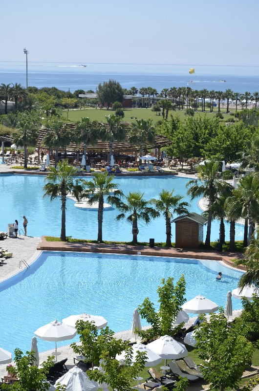cazare la Barut Lara Resort Spa And Suites
