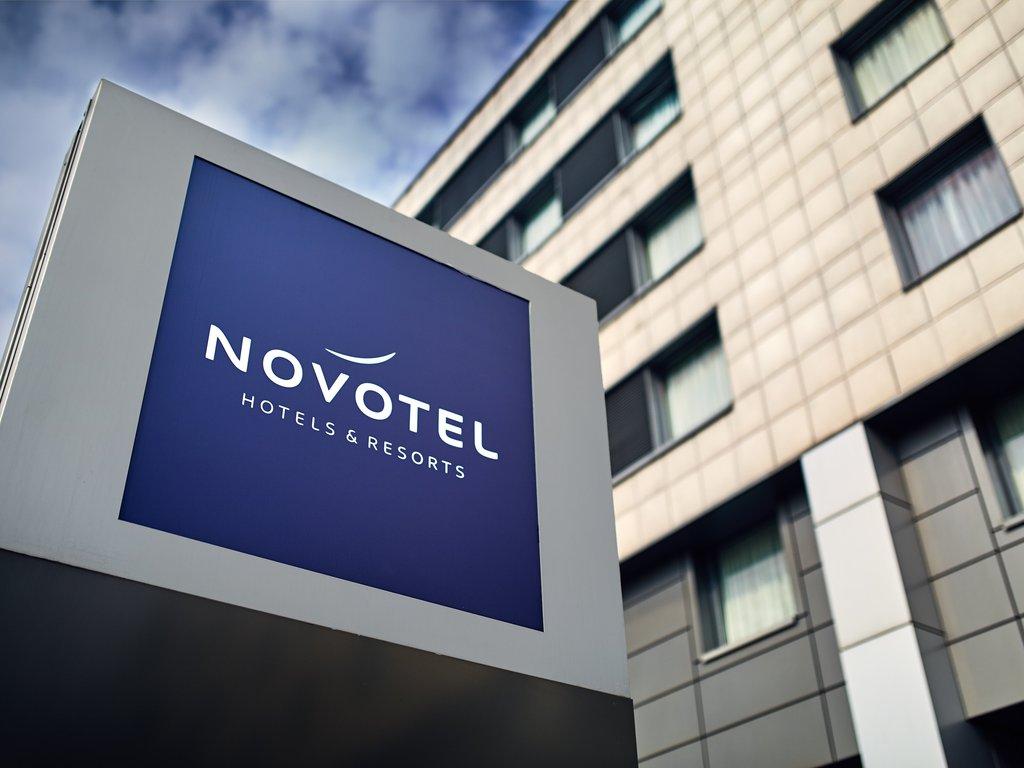 cazare la Novotel Centrum