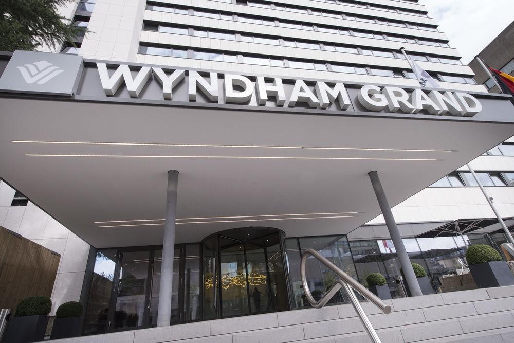 cazare la Wyndham Grand Frankfurt (ex.grand Plaza Hotel Frankfurt)