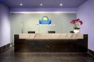cazare la Days Hotel & Suites By Wyndham Fraser Business