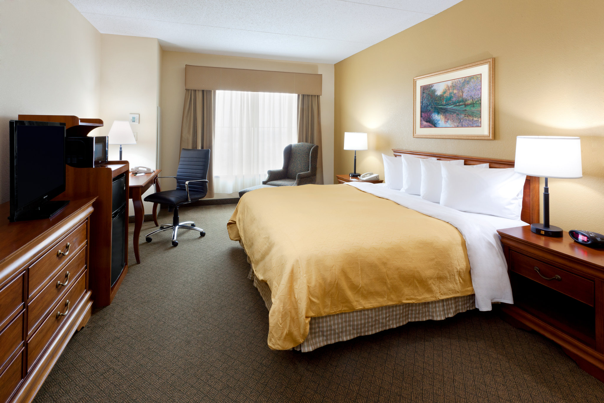 cazare la Country Inn & Suites Newark Airport