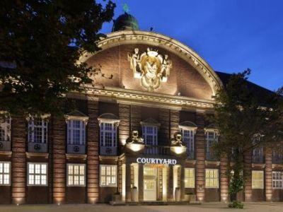 cazare la Courtyard By Marriott Bremen