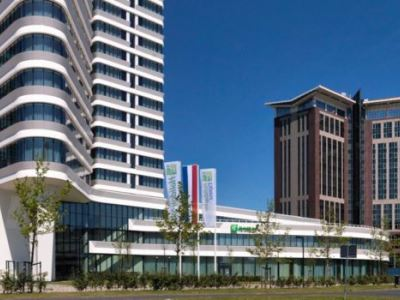 cazare la Holiday Inn Express Arena Towers