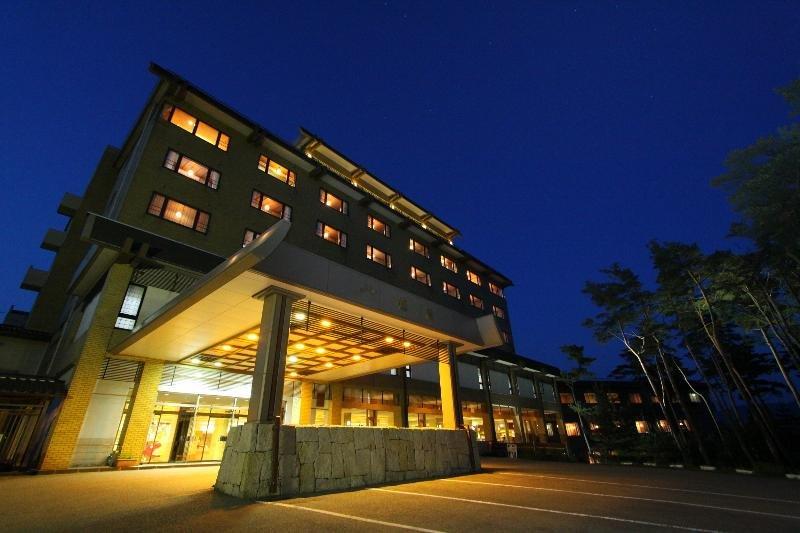 cazare la Kokusai Sado Kanko Hotel Yahatakan