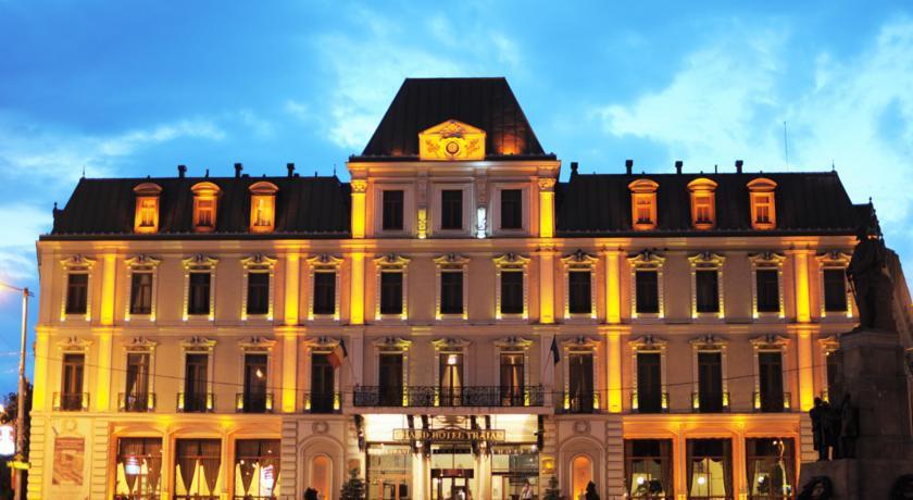 cazare la Grand Hotel Traian