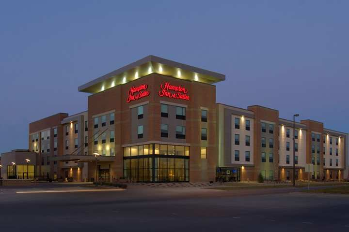 cazare la Hampton Inn & Suites Omaha-downtown