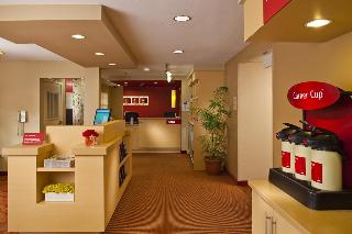 cazare la Towneplace Suites New Orleans Metairie