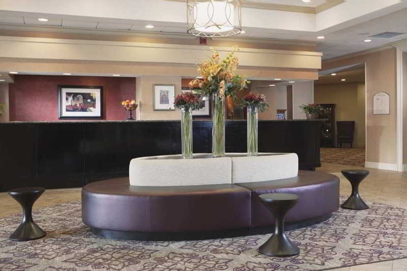 cazare la Doubletree By Hilton Hotel New Orleans Airport