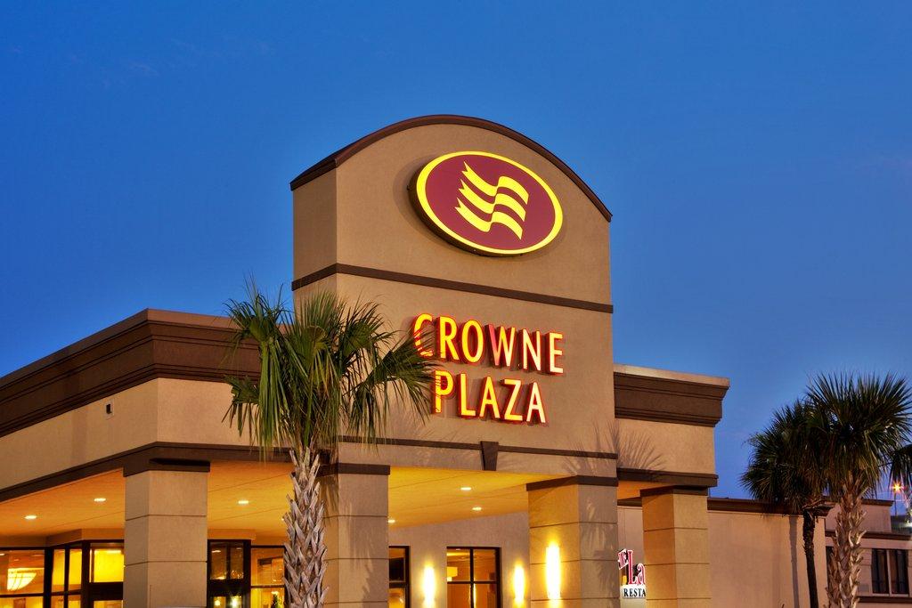 cazare la Crowne Plaza New Orleans Airport