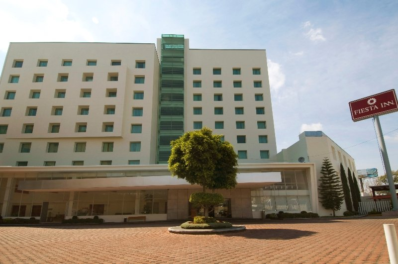 cazare la Hotel Fiesta Inn Puebla Finsa
