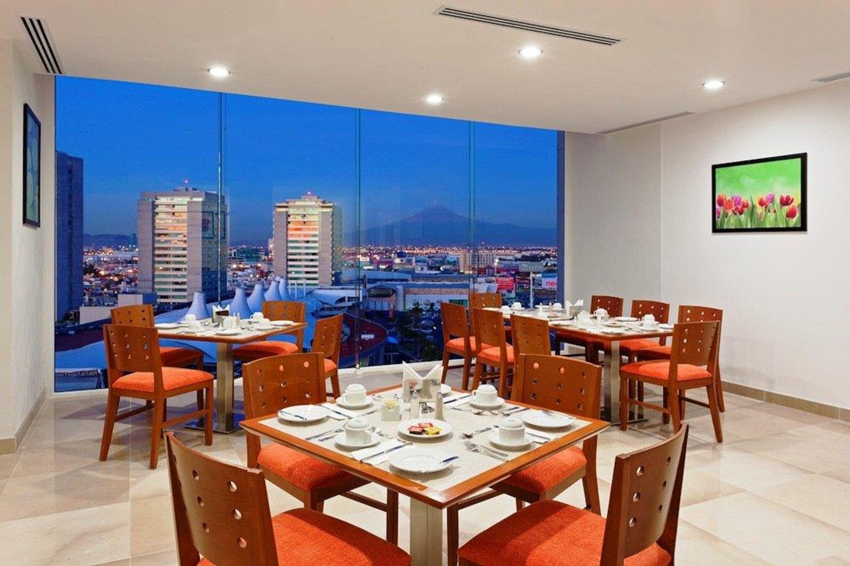 cazare la Lq Hotel By La Quinta Puebla Palmas Angelopolis