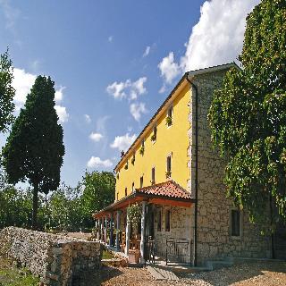 cazare la Villa Calussovo