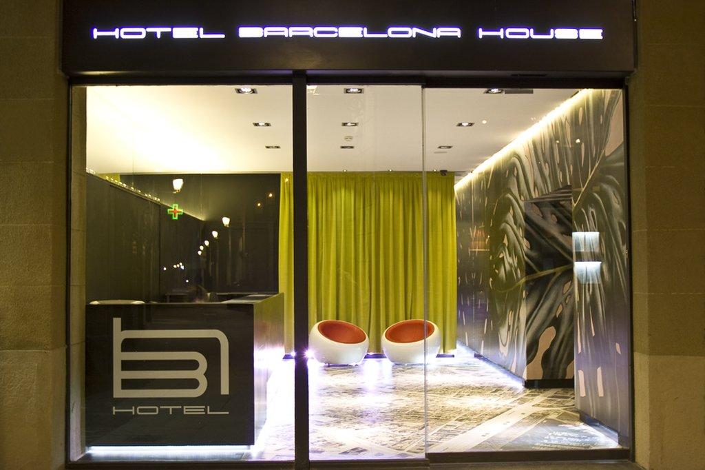 cazare la Barcelona House Hotel