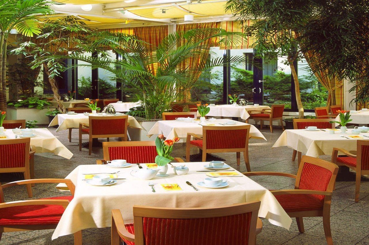 cazare la Centro Park Hotel Berlin Neukolln