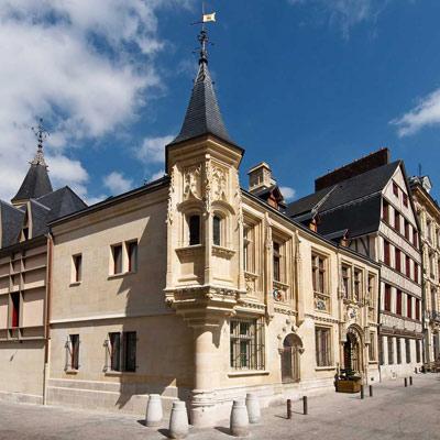cazare la Spa Hotel De Bourgtheroulde