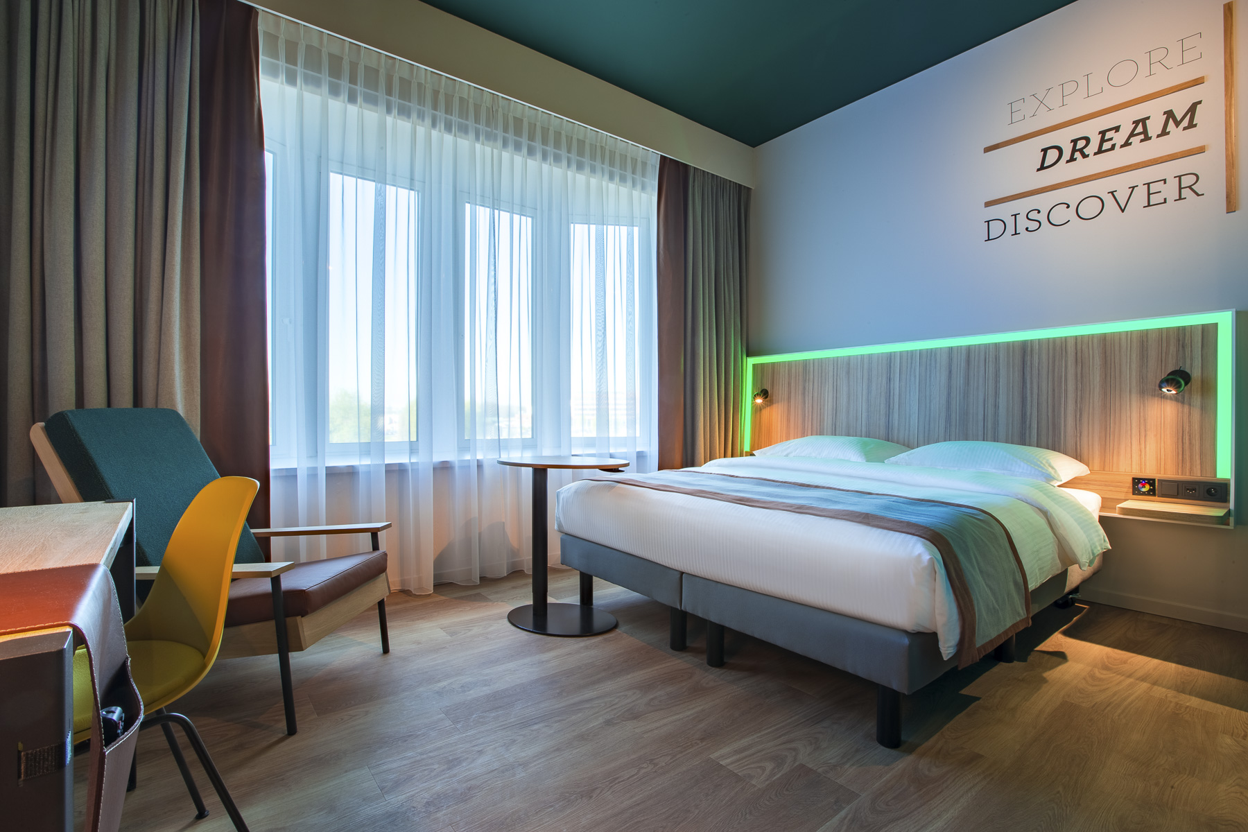 cazare la Park Inn By Radisson Brussels Airport