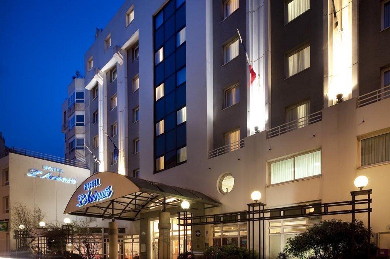 cazare la Hotel Lamiraute