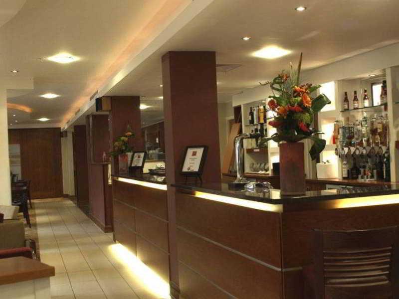 cazare la Holiday Inn Northampton