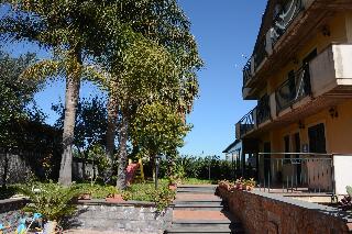 cazare la Villa San Leonardo Spa