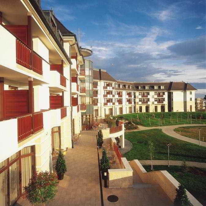 cazare la Radisson Sas Birdland Resort & Spa