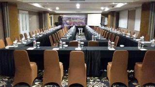 cazare la Rich Palace Hotel Surabaya
