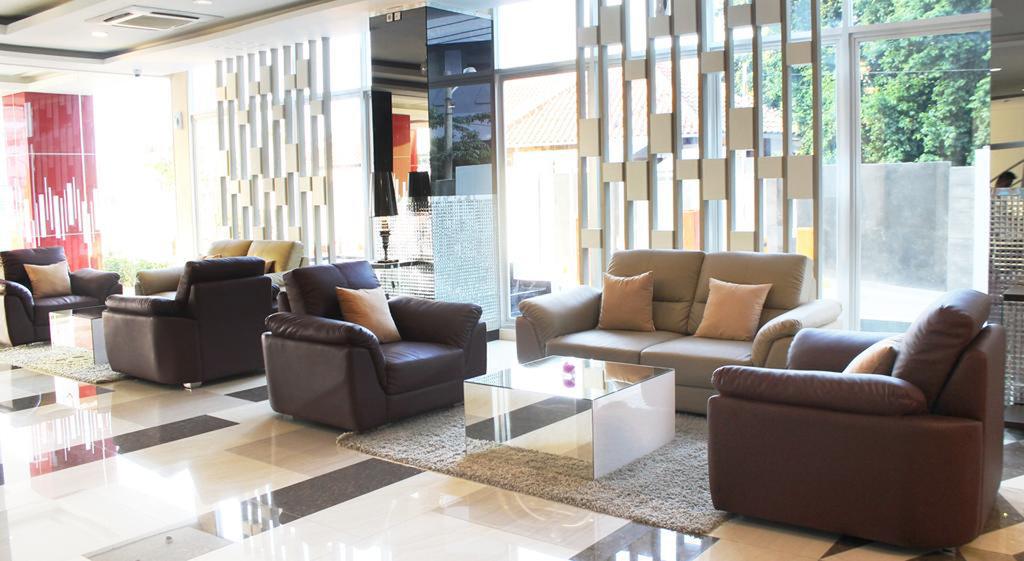 cazare la Hotel Gunawangsa Merr Surabaya