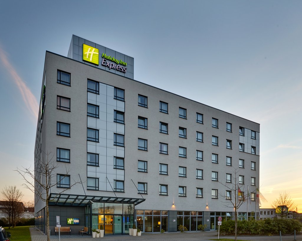 cazare la Holiday Inn Express Dusseldorf - City North