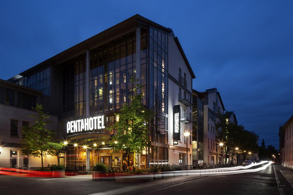 cazare la Pentahotel Rostock
